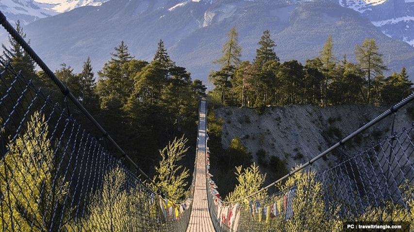 suspension bridge bhutan