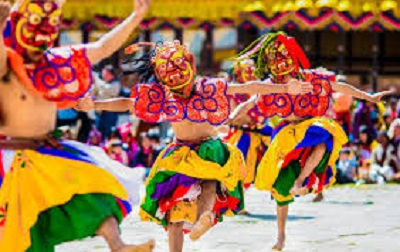 Enjoy Paro festival with Bhutan luxury travel packages.
